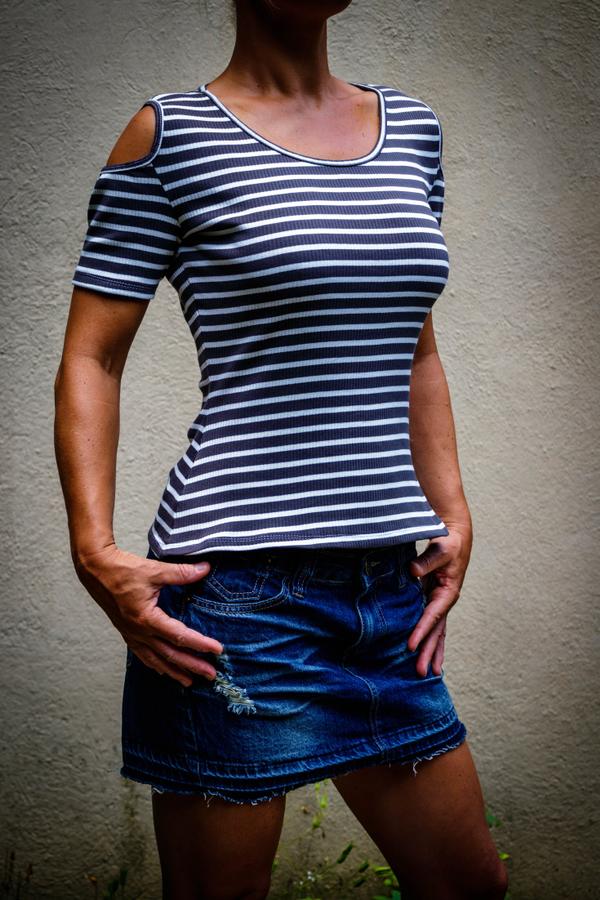 Produktfoto von SchnittmusterLounge für Schnittmuster Shirt Hella 34-40