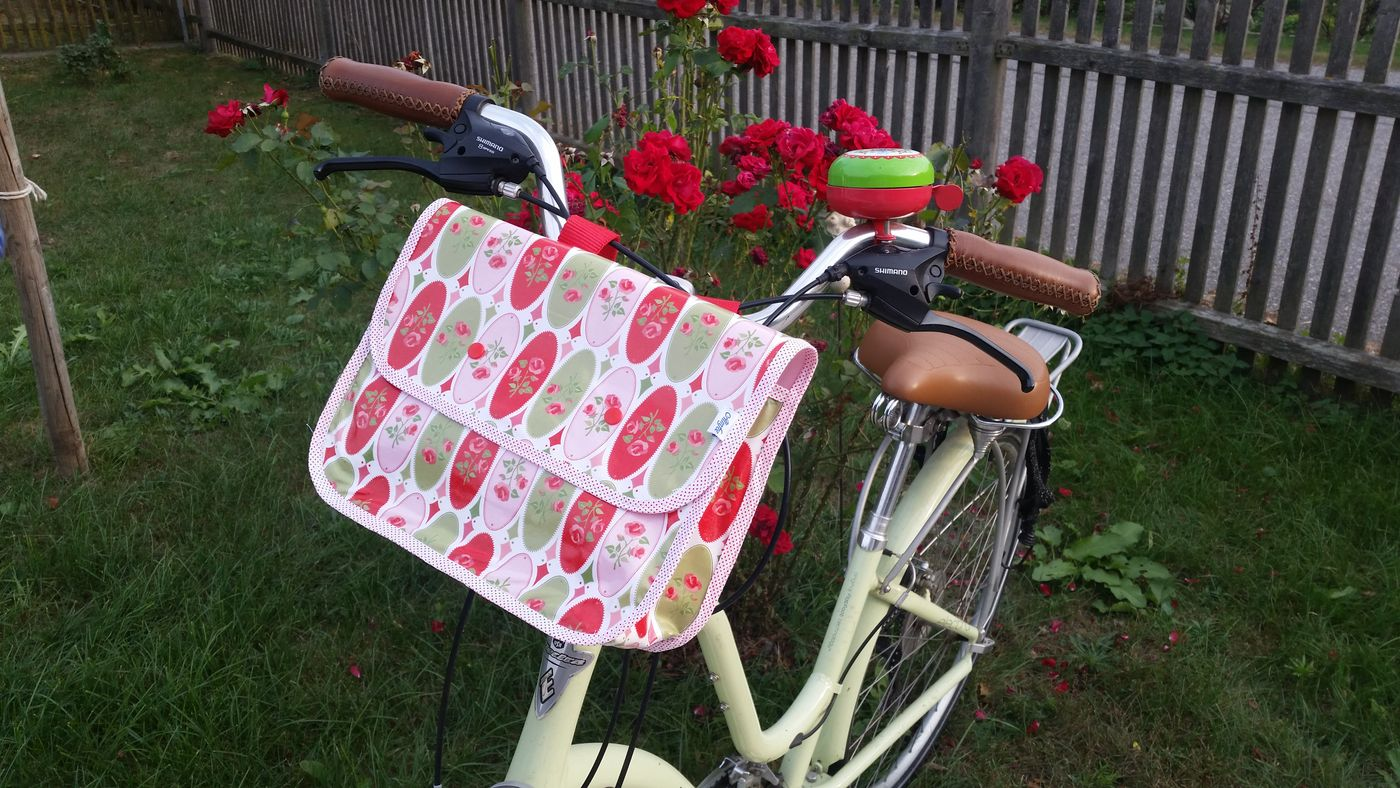 Produktfoto von Almfee für Schnittmuster Lenkertasche Meredith für Damenräder