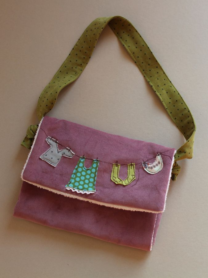 Produktfoto von Kleine Lotta Hohenberg für Schnittmuster Puppen-Wickeltasche DODO
