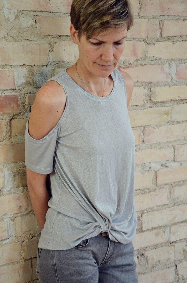 Produktfoto von Elle Puls für Schnittmuster Knotenshirt Mahé