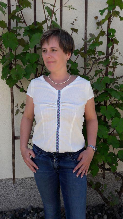 Produktfoto von SchnittmusterLounge für Schnittmuster Bluse PETITE Pascale