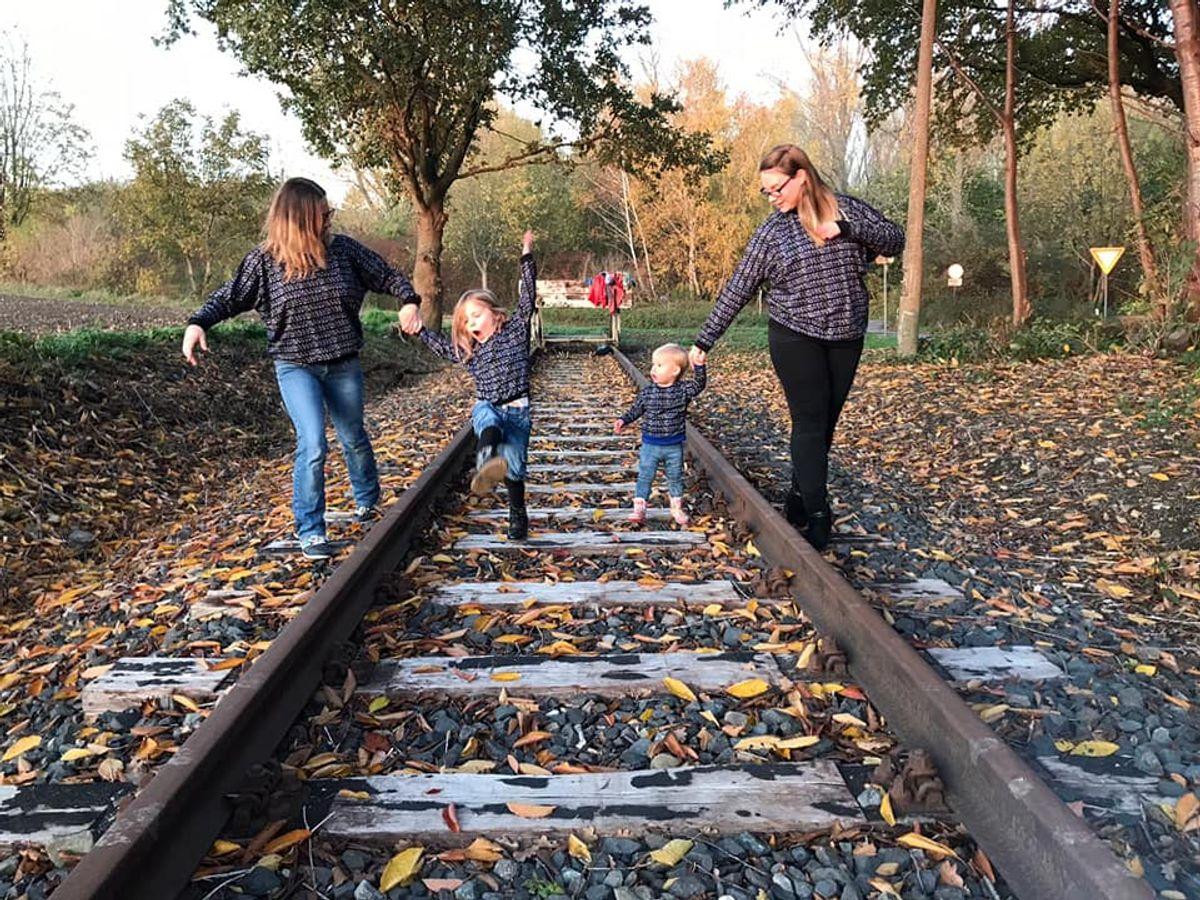Produktfoto 2 von Nähcram für Schnittmuster Mama/Kind-Kombi: MissLässig und Lara&Lars
