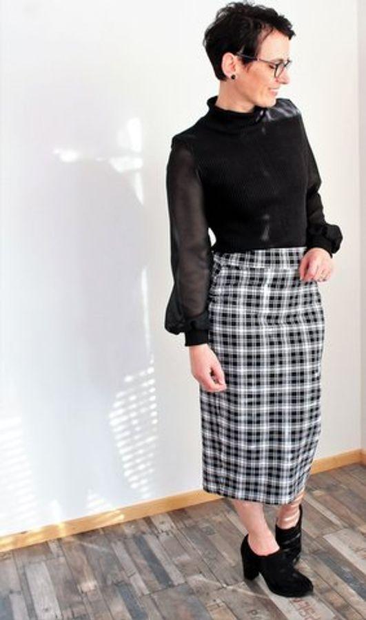 Produktfoto 62 von drei eMs für Schnittmuster Shirt/Kleid LACONA + Rock CLARIE XS-XXXL