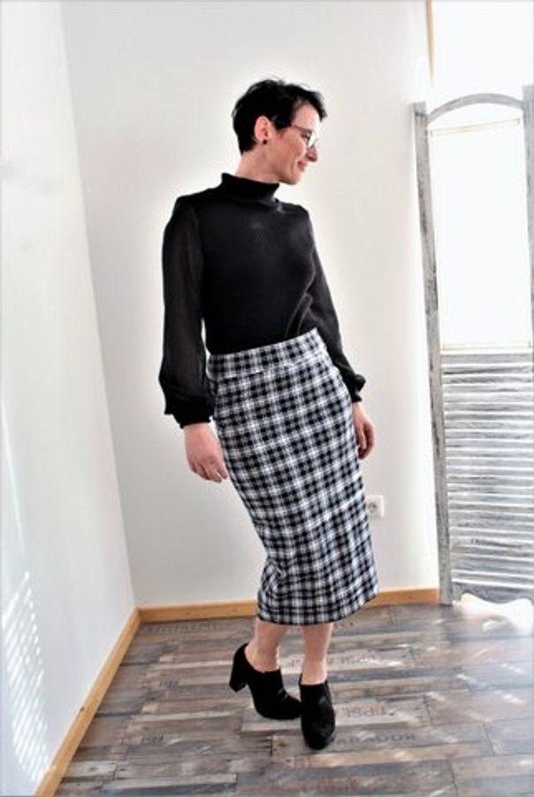 Produktfoto 76 von drei eMs für Schnittmuster Shirt/Kleid LACONA + Rock CLARIE XS-XXXL