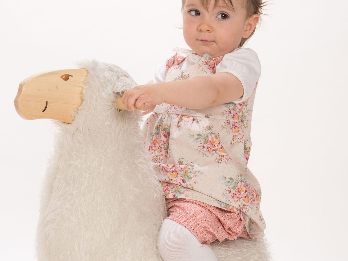 Produktfoto 1 von Pattern 4 kids für Schnittmuster Clara und Emi Kleid und Pumphose