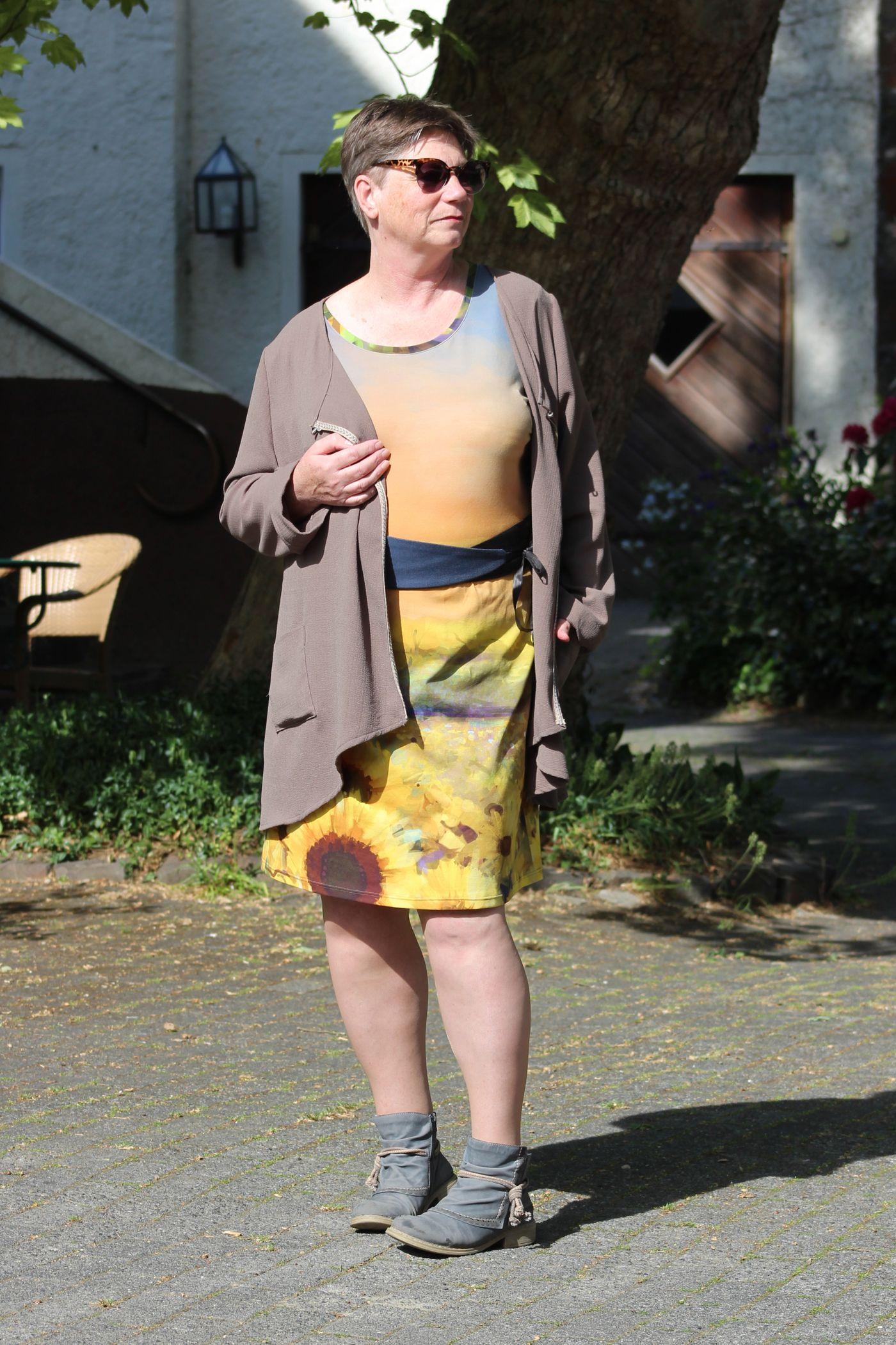 Produktfoto 5 von Unendlich schön - Design Anita Lüchtefeld für Schnittmuster Cardigan Zahra & Basicoberteil Lilie von 34 - 56