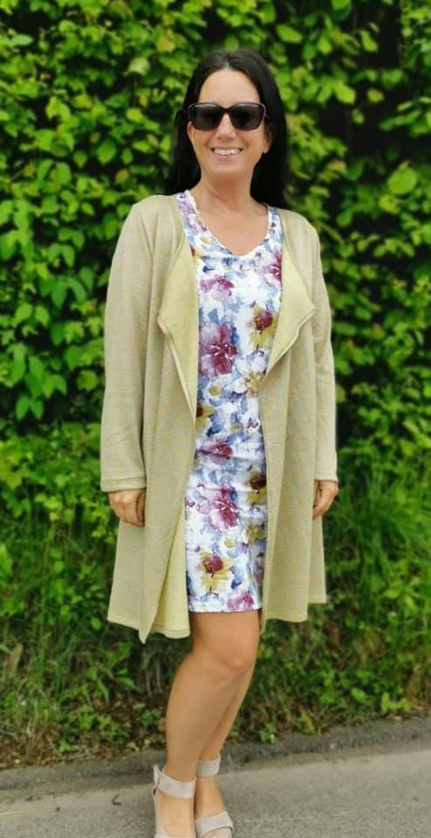 Produktfoto 6 von Unendlich schön - Design Anita Lüchtefeld für Schnittmuster Cardigan Zahra & Basicoberteil Lilie von 34 - 56