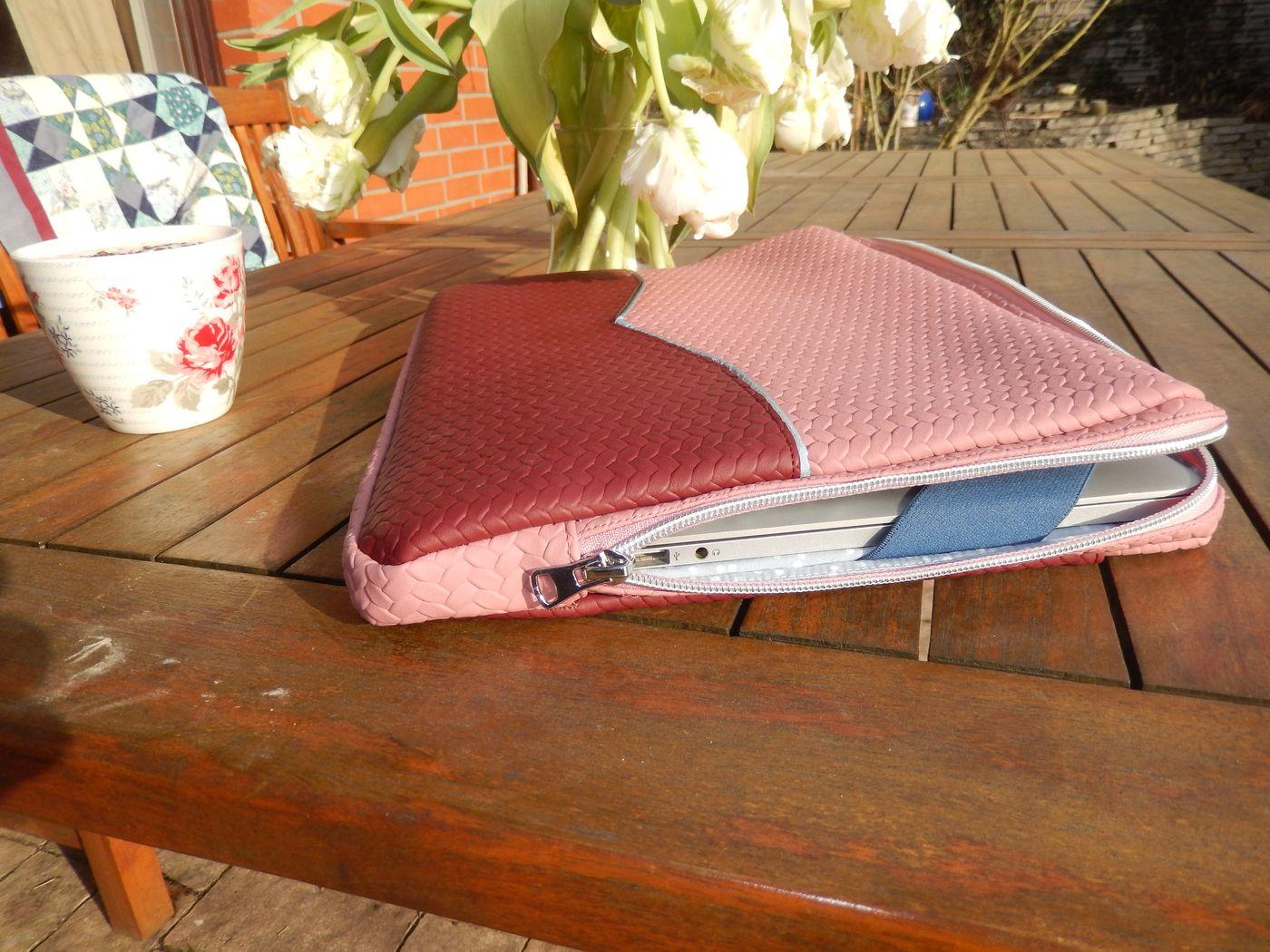 Produktfoto 2 von LaLilly Herzileien für Schnittmuster Tablet- & Laptopsleeve Pequeño & Grande Trabajador
