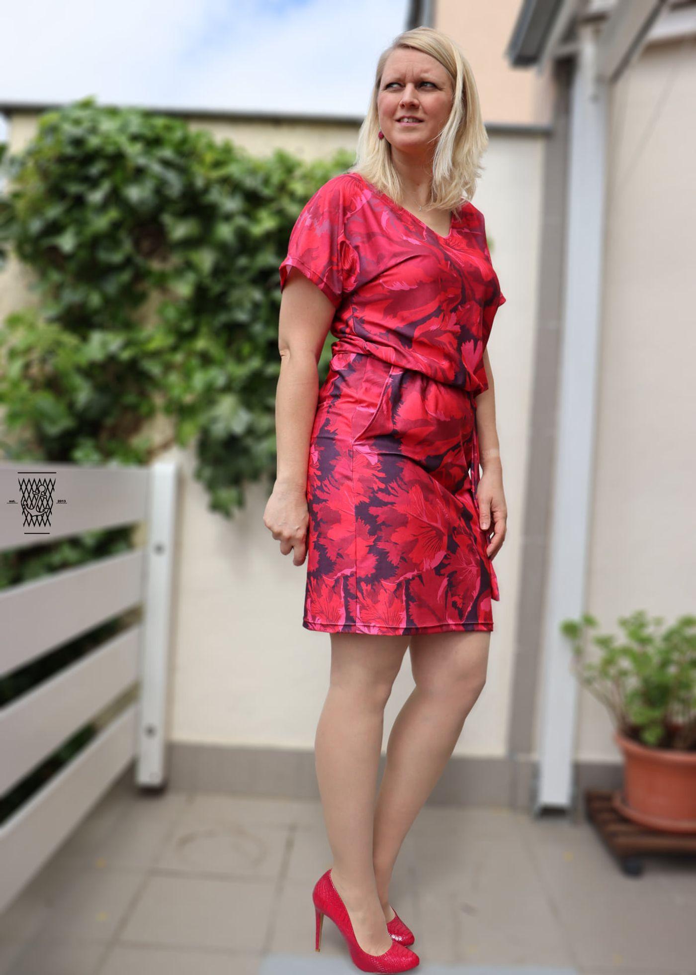 Produktfoto 6 von Schnittrebell für Schnittmuster Kombi Ebook Jumpsuit Marie & Kleid Joana Gr.34-54