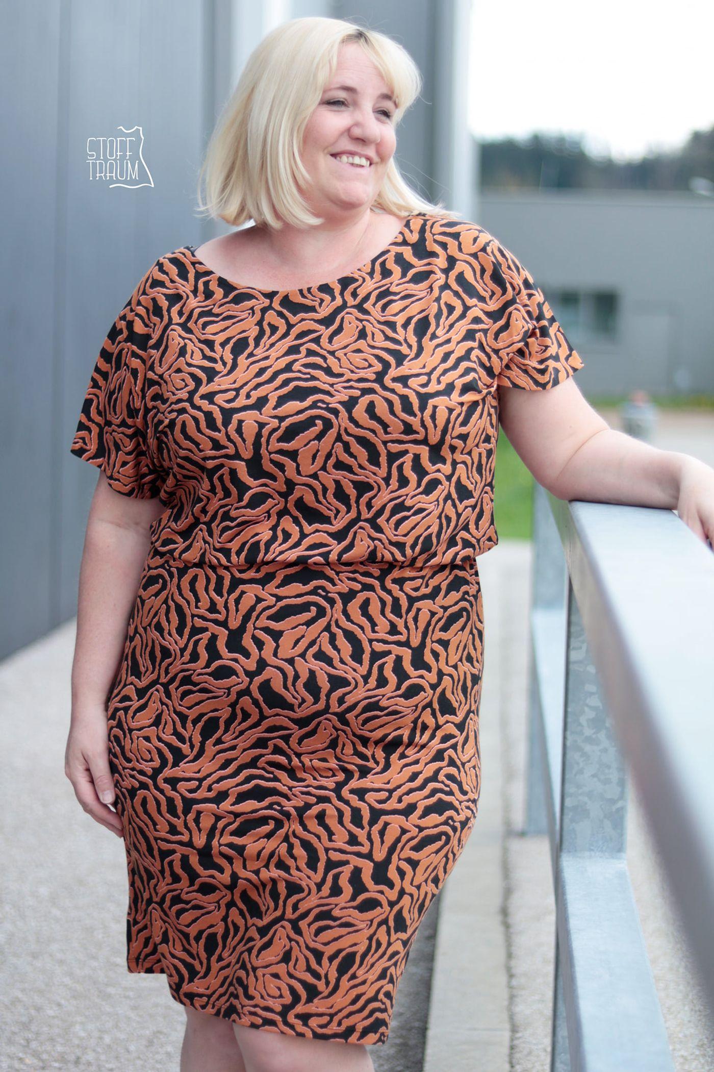 Produktfoto 13 von Schnittrebell für Schnittmuster Kombi Ebook Jumpsuit Marie & Kleid Joana Gr.34-54