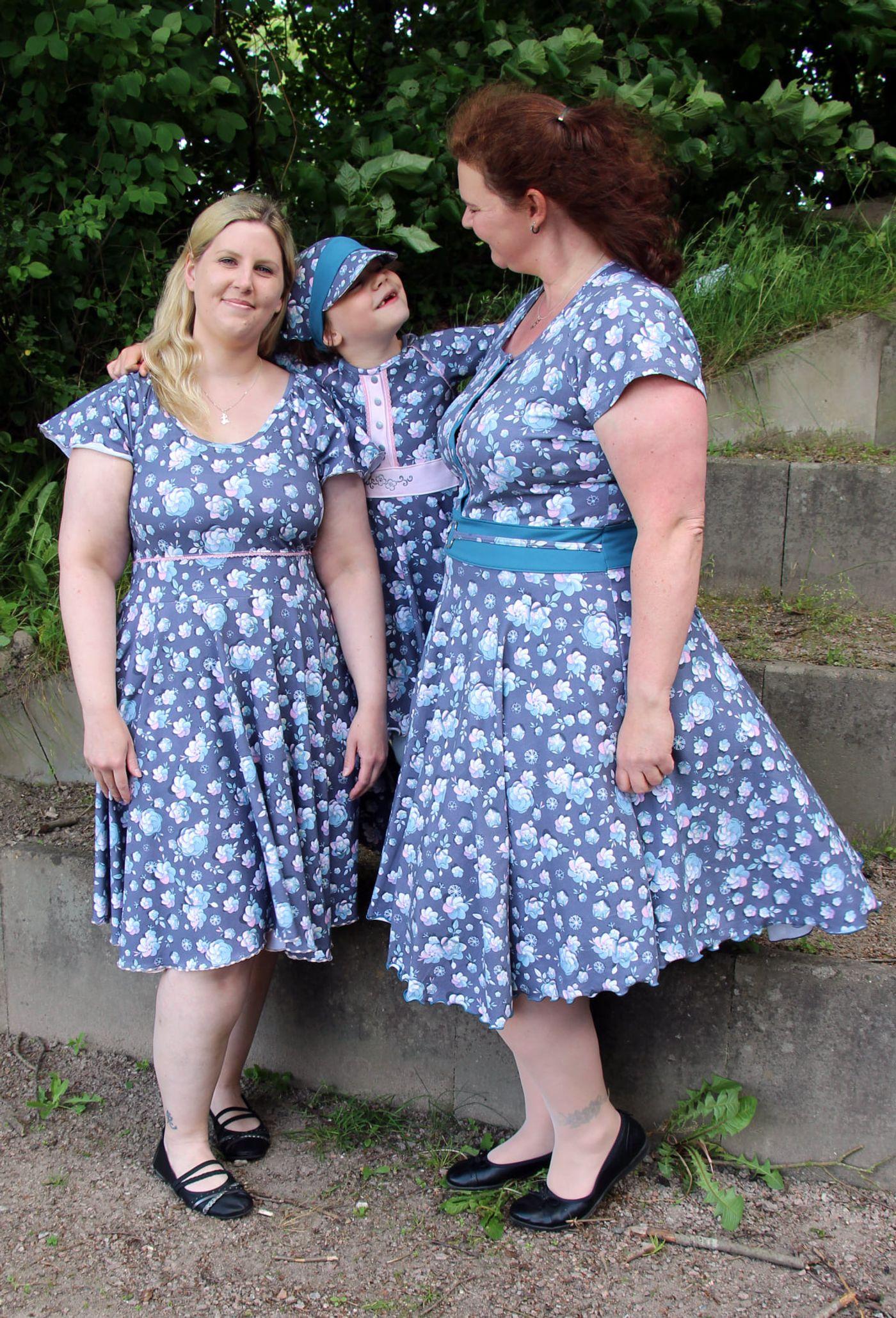 Produktfoto 16 von Rosalieb & Wildblau für Schnittmuster Kombi-Ebook Lillibee Damen und Mädchen