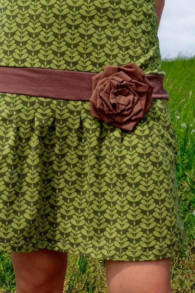 Produktfoto von PRACHTKINDER zum Nähen für Schnittmuster Blütengürtel Leilani