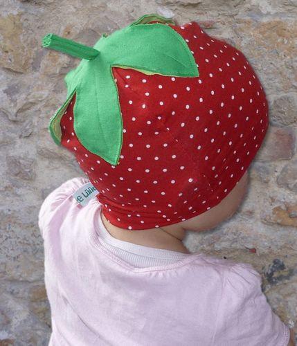 Produktfoto von Windschnittich zum Nähen für Schnittmuster Erdbeermütze