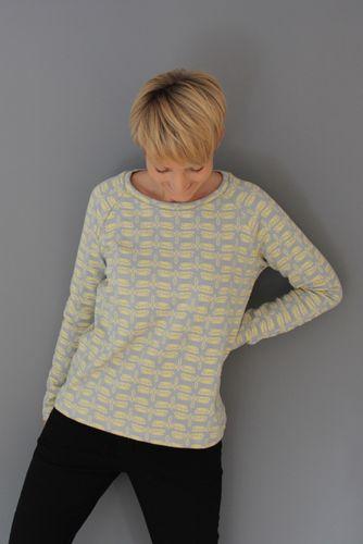 Produktfoto von Windschnittich zum Nähen für Schnittmuster Sweatshirt Loni
