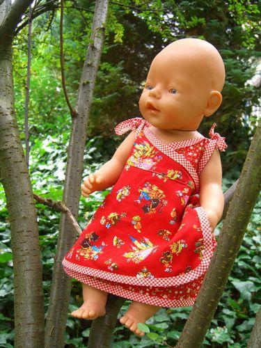 Produktfoto von Mamu Design zum Nähen für Schnittmuster Carlotta (für Puppen)