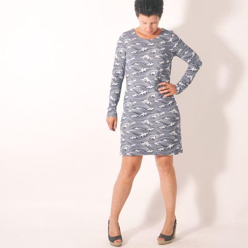 Produktfoto von Leni Pepunkt zum Nähen für Schnittmuster BASIC.shirt und -kleid