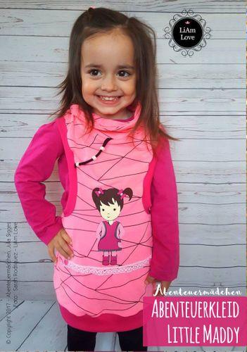 Produktfoto von Abenteuermädchen zum Nähen für Schnittmuster Abenteuerkleid Little Maddy