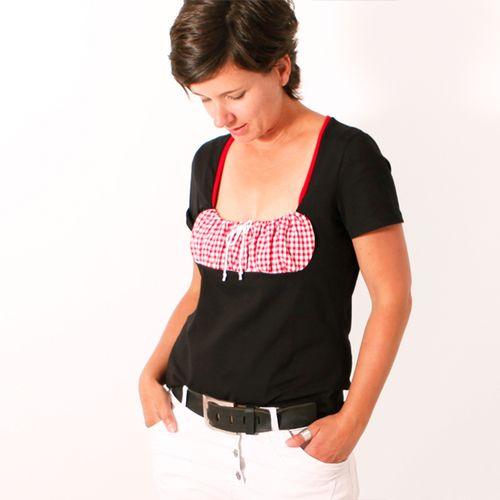 Produktfoto von Leni Pepunkt für Schnittmuster DIRNDL.shirt