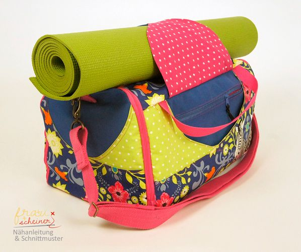 Produktfoto von Frau Scheiner zum Nähen für Schnittmuster Sporttasche Yogini