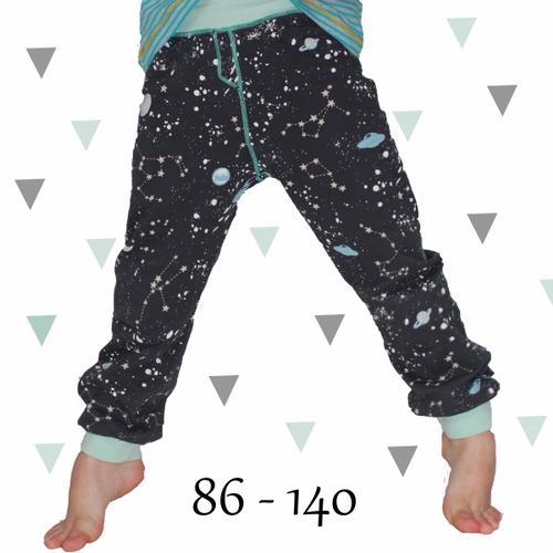 Produktfoto von Anni Nanni zum Nähen für Schnittmuster Jogginghose für Jungs
