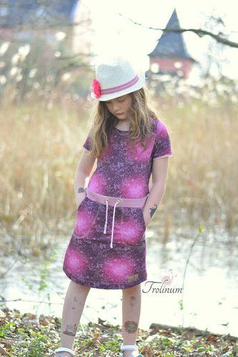 Produktfoto von Meine Herzenswelt zum Nähen für Schnittmuster Kleid/Shirt Teens - Deine Helma