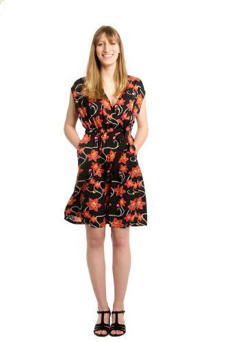 Produktfoto von Schnittmuster Berlin zum Nähen für Schnittmuster Kleid Olivia