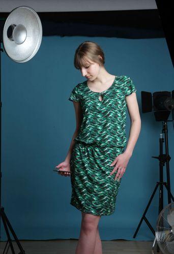 Produktfoto von Schnittmuster Berlin zum Nähen für Schnittmuster Kleid Gitte