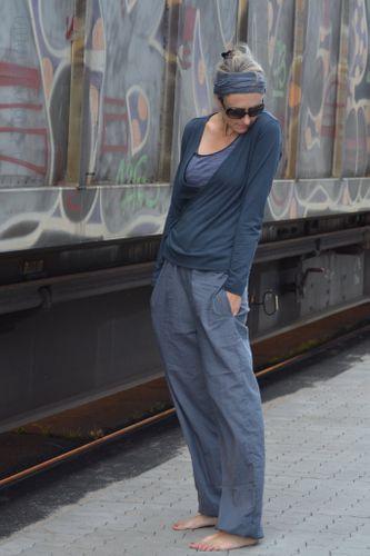 Produktfoto von Hummelhonig zum Nähen für Schnittmuster Damenhose Kairo