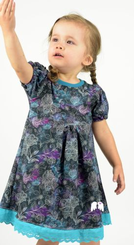 Produktfoto von Engelinchen zum Nähen für Schnittmuster Kleid Lieblingsmädchen
