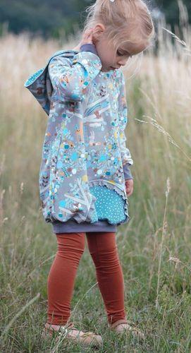 Produktfoto von Miou Miou zum Nähen für Schnittmuster Ballontunika Girl's Love