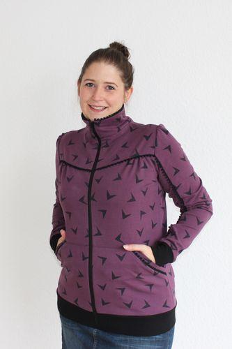 Produktfoto von einfach anziehend zum Nähen für Schnittmuster Sweatjacke Flora