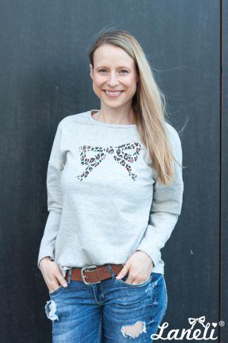 Produktfoto von Laneli zum Nähen für Schnittmuster Shirt & Langarmshirt #Jules