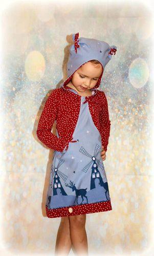 Produktfoto von My Little Ladybird zum Nähen für Schnittmuster Hoodiekleid Aurelia