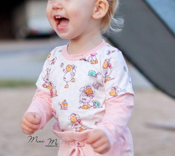 Produktfoto von Mini & Me Selfmade zum Nähen für Schnittmuster Shirt Basic Kids
