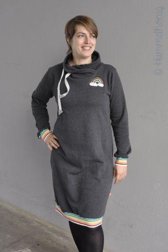 Produktfoto von Hummelhonig zum Nähen für Schnittmuster Damen Sweatkleid Kopenhagen