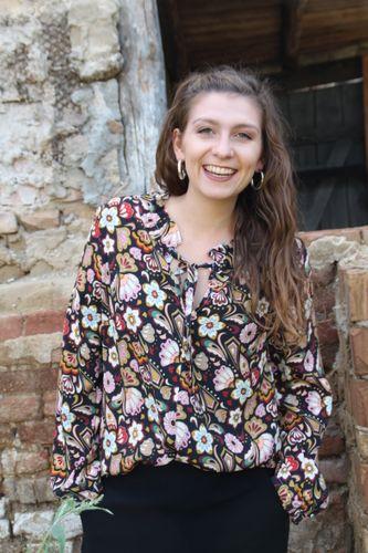 Produktfoto von Schnittmuster Berlin zum Nähen für Schnittmuster Bluse Paula