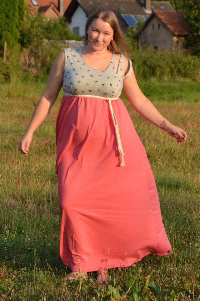 Produktfoto von Mamili1910 zum Nähen für Schnittmuster Sommerkleid Curvy  Smilla