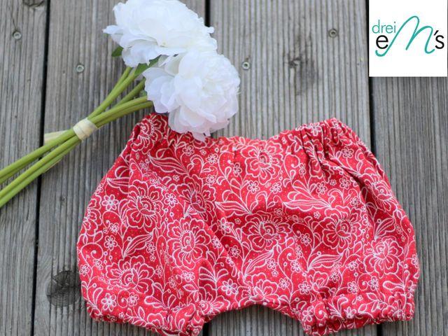 Produktfoto von drei eMs zum Nähen für Schnittmuster Newborn - kurze Hose Lou