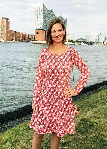 Produktfoto von Miou Miou zum Nähen für Schnittmuster Kleid Marlisa