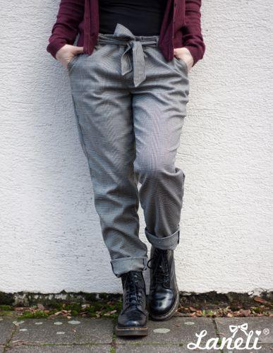 Produktfoto von Laneli zum Nähen für Schnittmuster Hose #Stella