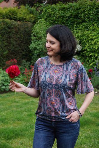 Produktfoto von Schnitte 4 friends zum Nähen für Schnittmuster Blusenshirt Conny