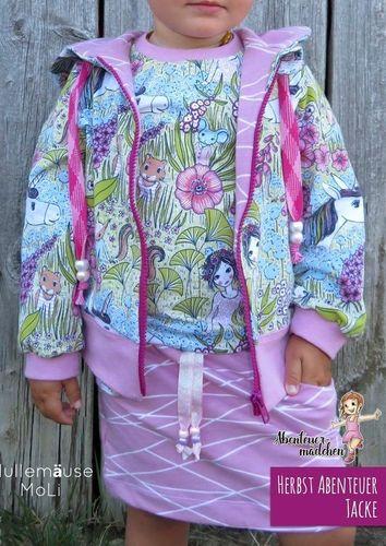 Produktfoto von Abenteuermädchen zum Nähen für Schnittmuster Herbst Abenteuer Jacke