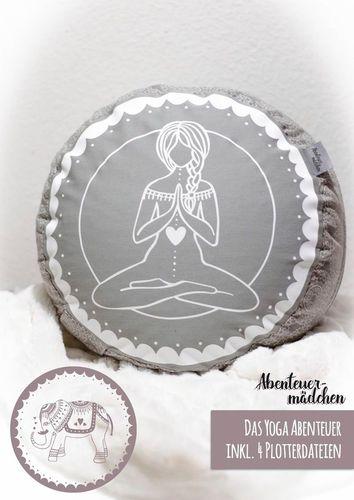 Produktfoto von Abenteuermädchen zum Nähen für Schnittmuster Das Yoga Abenteuer