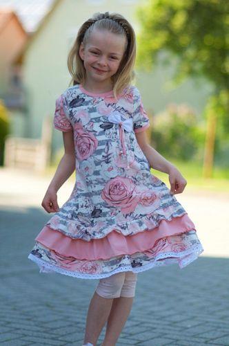 Produktfoto von Mamilu Design zum Nähen für Schnittmuster Stufenkleid Summer Girly
