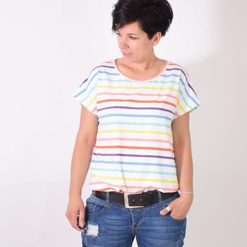 Produktfoto von Leni Pepunkt zum Nähen für Schnittmuster TEASY.shirt