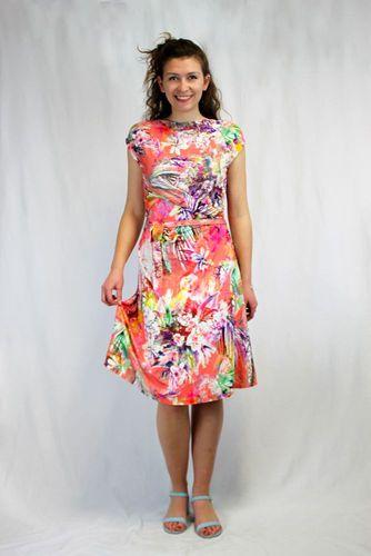 Produktfoto von Schnittmuster Berlin zum Nähen für Schnittmuster Kleid Marie
