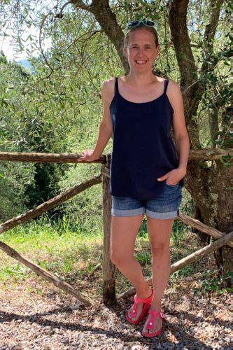 Produktfoto von Hummelhonig zum Nähen für Schnittmuster Spaghettiträger Top & Kleid Lucca