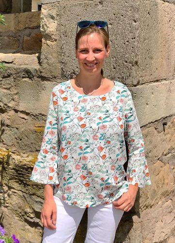 Produktfoto von Miou Miou zum Nähen für Schnittmuster Shirtbluse Nellie