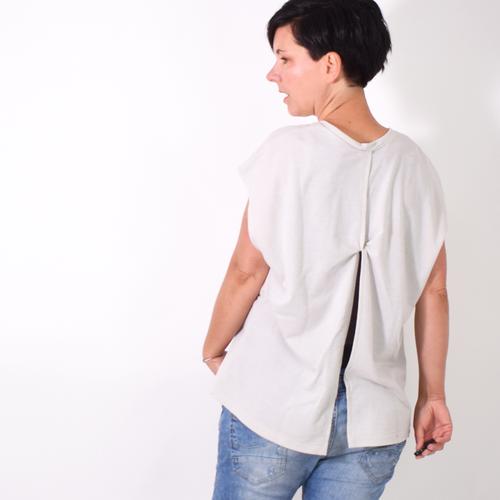 Produktfoto von Leni Pepunkt zum Nähen für Schnittmuster KNOTEN.sweater