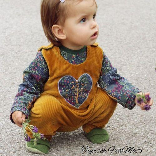 Produktfoto von Abenteuermädchen zum Nähen für Schnittmuster Baby-Abenteuer-Strampler & Shirt